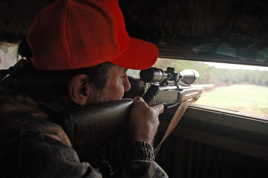 deer hunting from a shooting house
